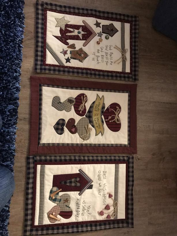 Quilted Wall Hangings (set)
