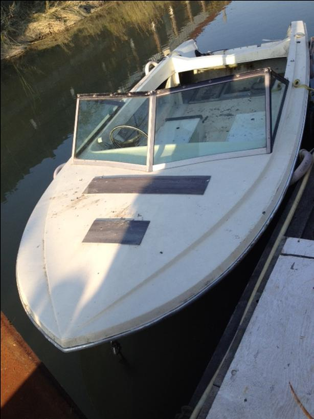 Hourston Craft 17' Speed Boat Hull