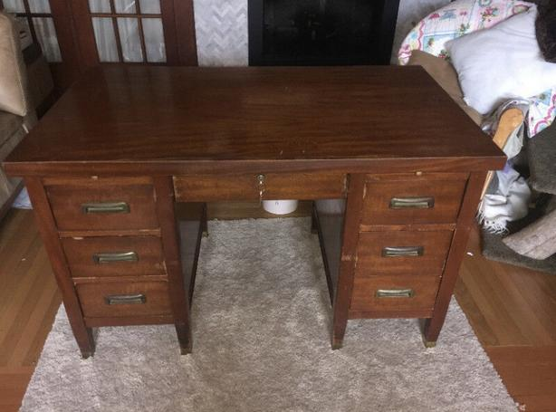 Vintage Teacher Desk w/Lock & Keys!