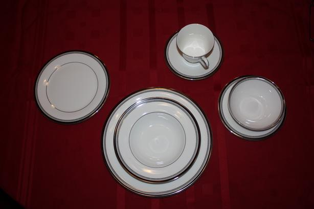 COMPLETE SET OF ROYAL DOULTON CHINA