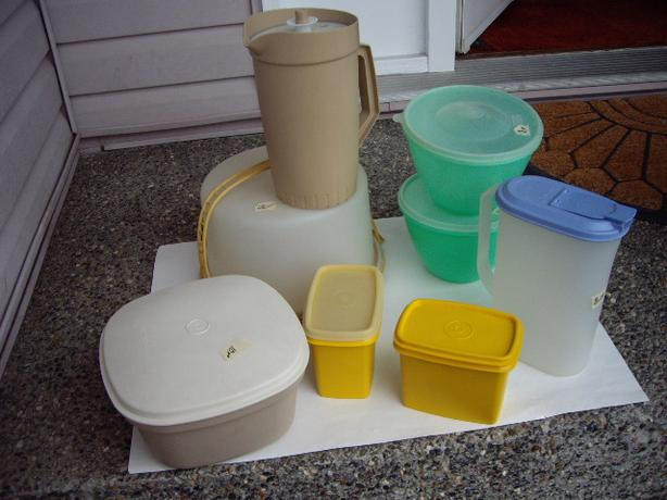 TUPPERWARE CONTAINERS VARIOUS PRICES