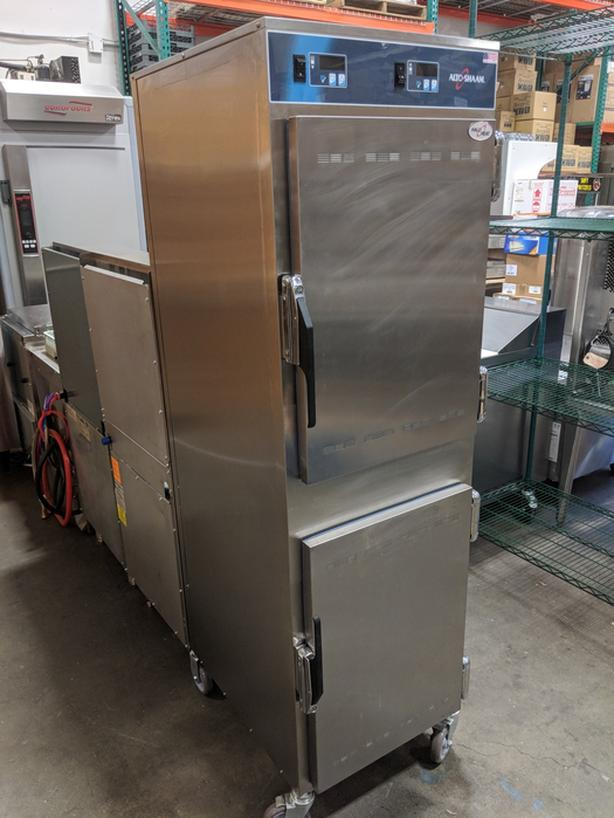 Alto Shaam Full Height Insulated Mobile Heated Double Cabinet