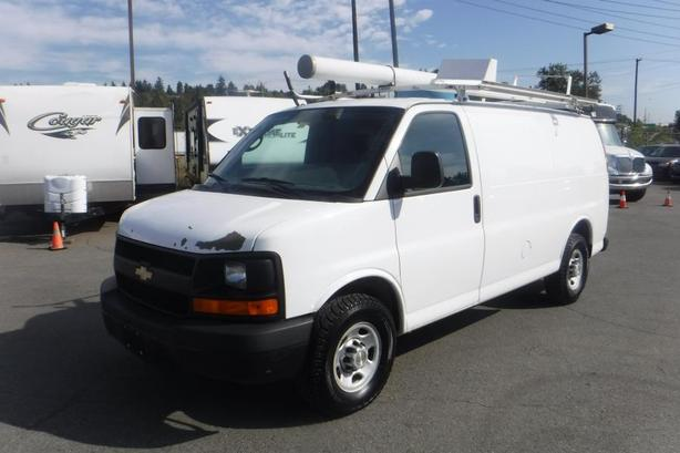 2009 Chevrolet Express 2500 Cargo Van with Bulkhead Divider, Rear Shelving and L