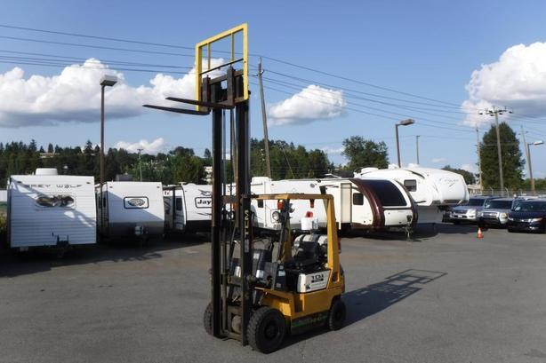 2000 TCM FG10N17 2 Stage Propane Forklift