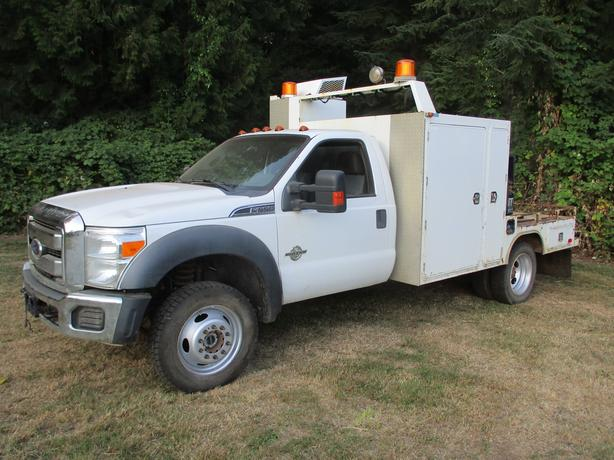 2011 Ford XLT F550 4x4 Diesel welding truck
