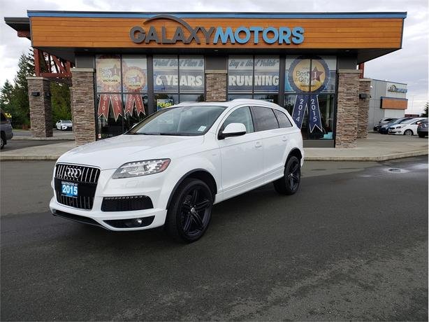 2015 Audi Q7 3.0T SPORT - 3rd Row Seating, Navigation, Front and Back Cameras