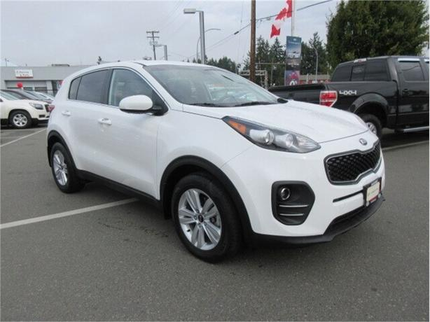 2017 Kia Sportage LX FWD Low Kilometers Warrant
