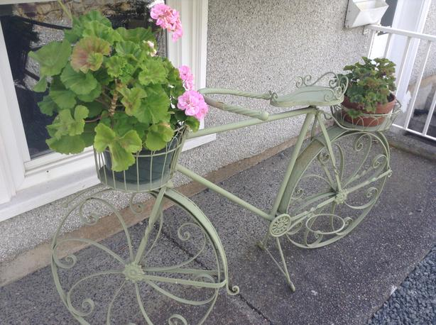 Full size metal garden bicycle