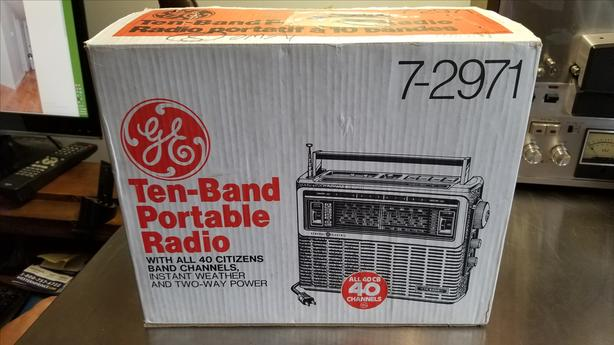 Vintage GE Ten-Band Portable Radio in Box