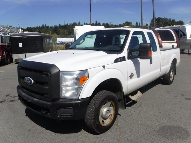 2011 Ford F-250 SD SuperCab 4WD Diesel with Power Tailgate
