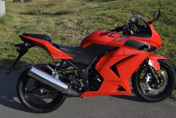 2009 Kawasaki EX 250R Ninja 3137 kms Video link in the description