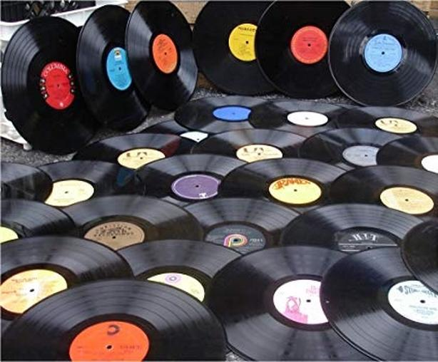 approx 300 to 400 VInyl Records