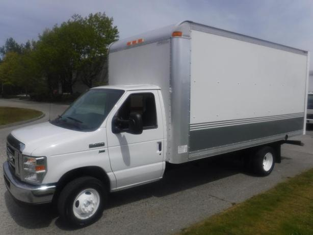 2016 Ford Econoline E-450 16 Foot Cube Van with Ramp