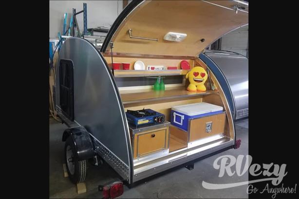 5 x 8 Silver Bullet (Rent  RVs, Motorhomes, Trailers & Camper vans)