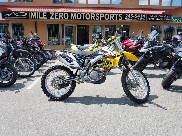 2016 Suzuki RM-Z250. Tons of extras!