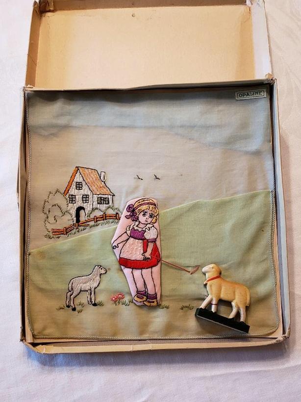Vintage 20's or 30's Novelty Children's Handkerchief Box Set