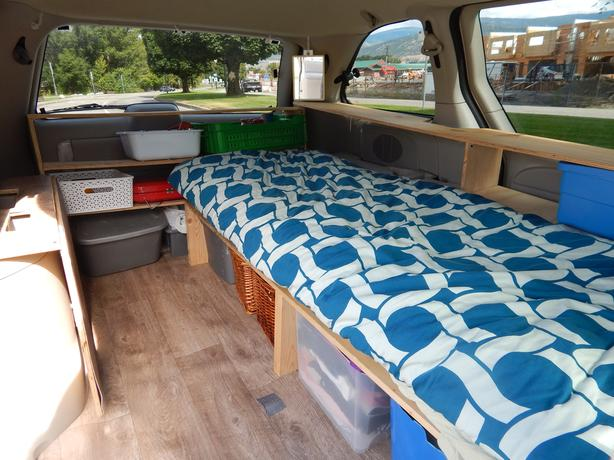 2005 Dodge Caravan converted into  a comfy equipped van