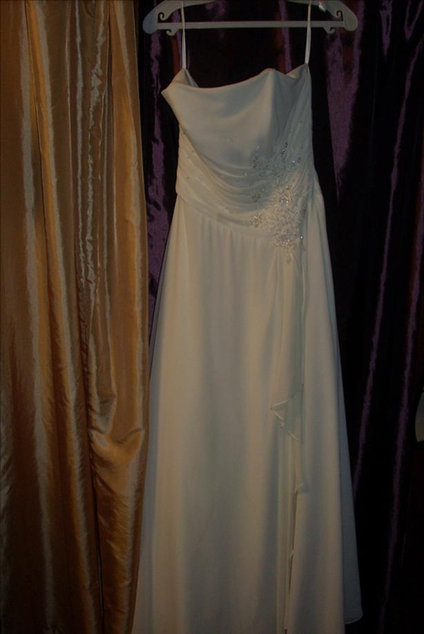 wedding dress size 8 at my garage sale