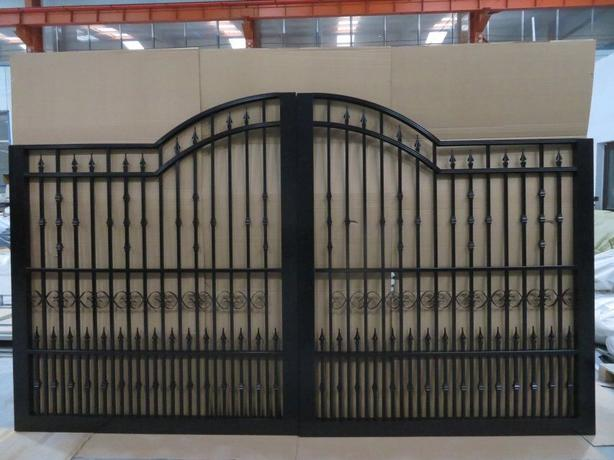 New shipment of gates are in  10ft 12ft 14ft 16ft and 18ft in stock