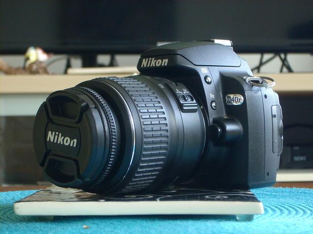Nikon D40X 10.2 MP with Lens