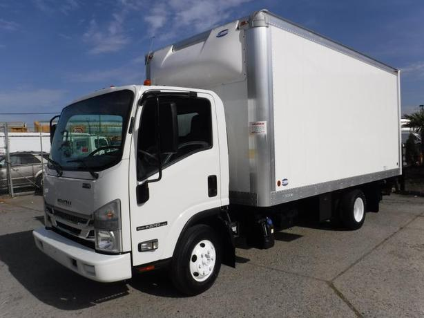 2016 Isuzu NPR Cube Van 16 foot Diesel Power tailgate and Ramp