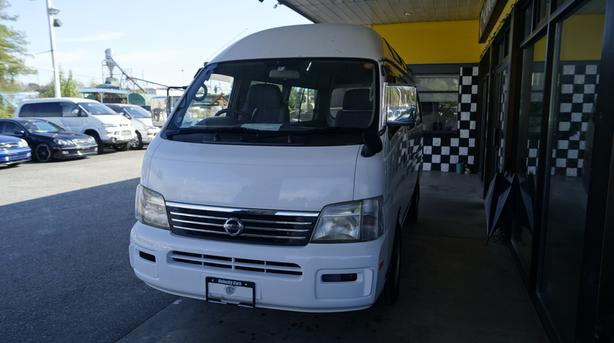 2001 Nissan Caravan Diesel 4WD Long Base Wheel Chair lift AT 76K