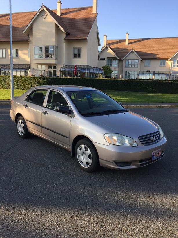 *Price reduced need gone* 2003 Toyota Corolla CE