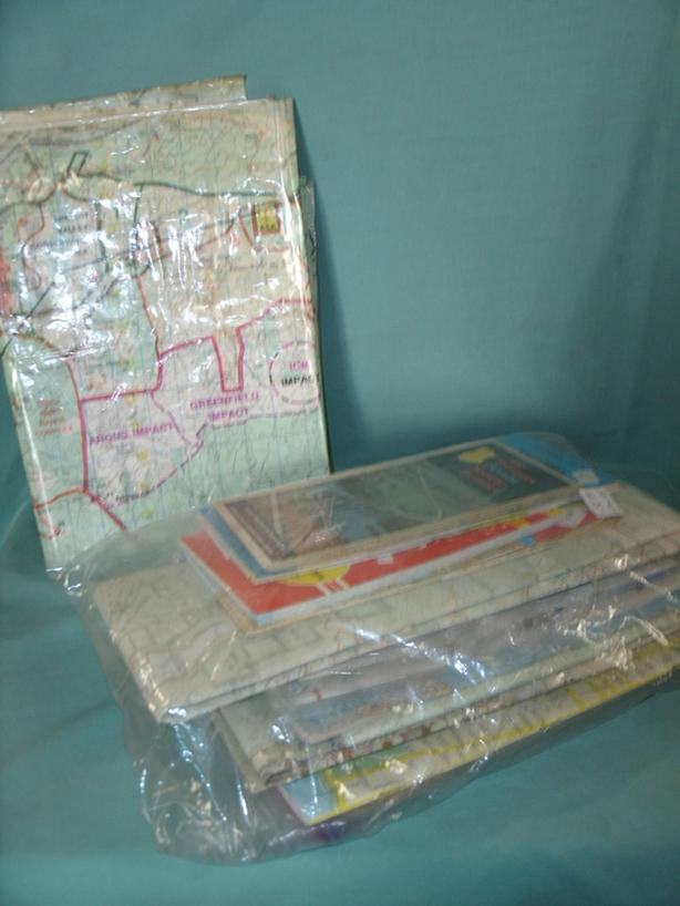 Lot sale (5) Maps, Road Maps & Street Maps