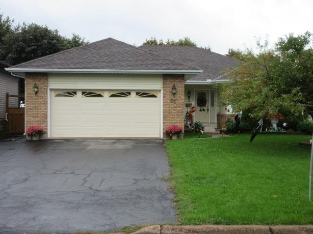 NEW PRICE !!! 63 SOFTWOOD DRIVE