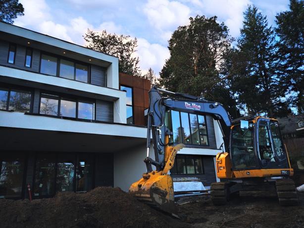 Dr Hoe Excavating & Utilities INC