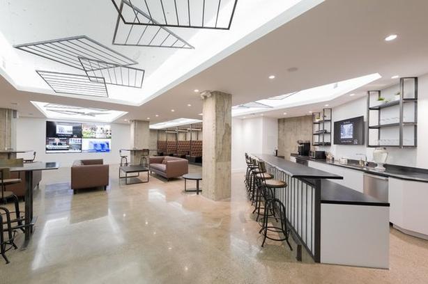 Office for Rent - 250 University Avenue, Toronto, M5H