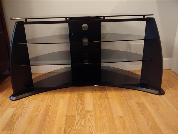 Large solid tempered glass TV/media stand