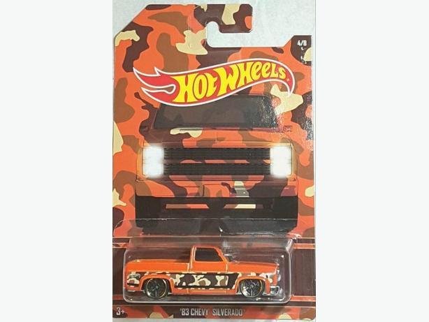 Hot Wheels Camouflage Chevrolet Silverado
