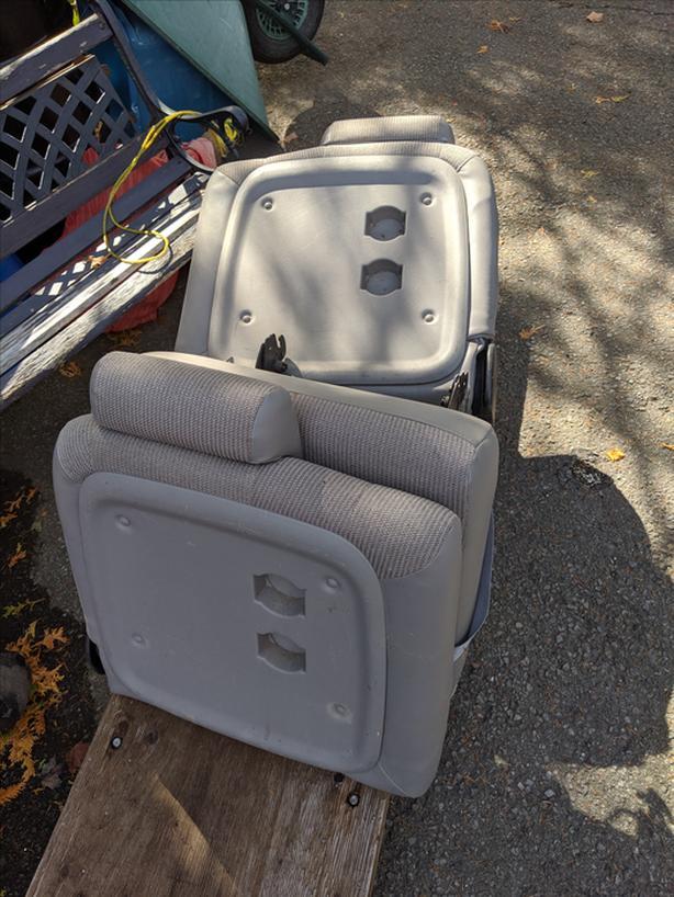 FREE: Chevy Venture Van Rear Seats