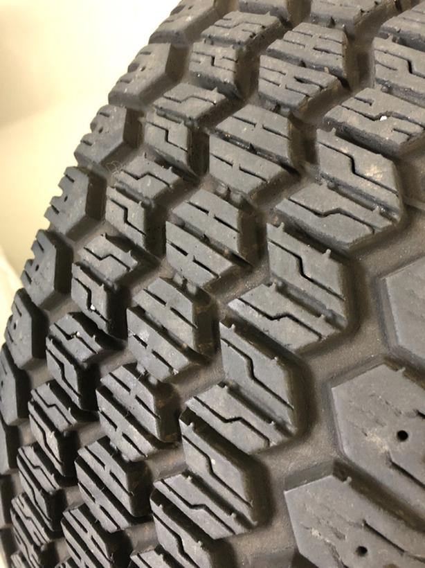Uniroyal Tiger Paw Snow Tires 90% Tread