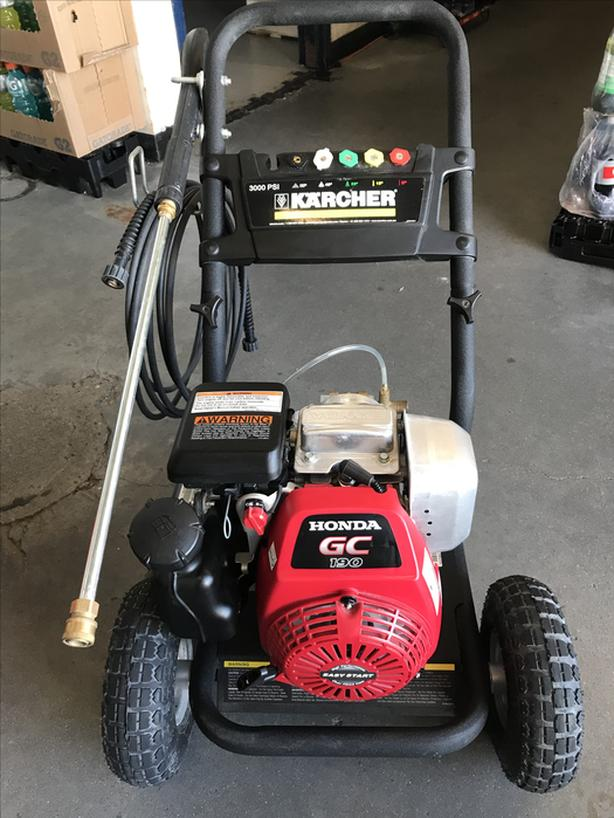 Karcher 3000 psi Pressure washer with Honda GC160 Engine