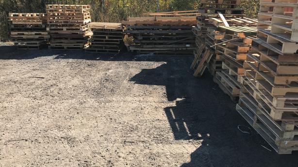 Free Wooden Pallets / Skids, Will deliver up to 50/km from our location