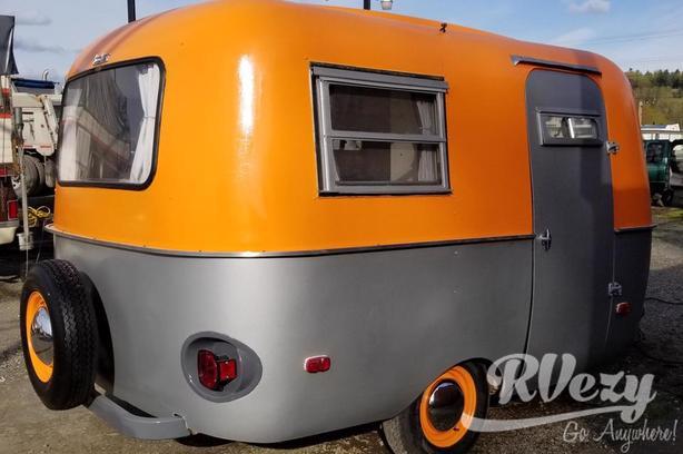 13' (Rent  RVs, Motorhomes, Trailers & Camper vans)