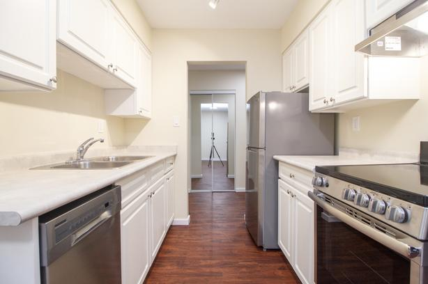 Waterfront Apartments in Esquimalt | Dunsmuir House