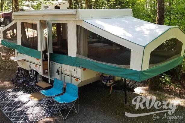 Rockwood Freedom 2318G (Rent  RVs, Motorhomes, Trailers & Camper vans)