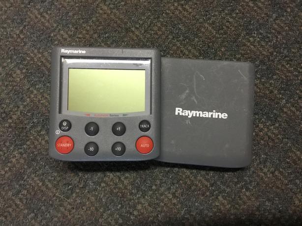 Raymarine ST6002 Smart Piolet Autopilot Head Display