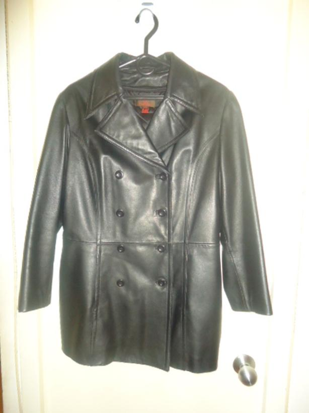 Danier - Woman's Black Leather Winter Coat - Double Breasted Front
