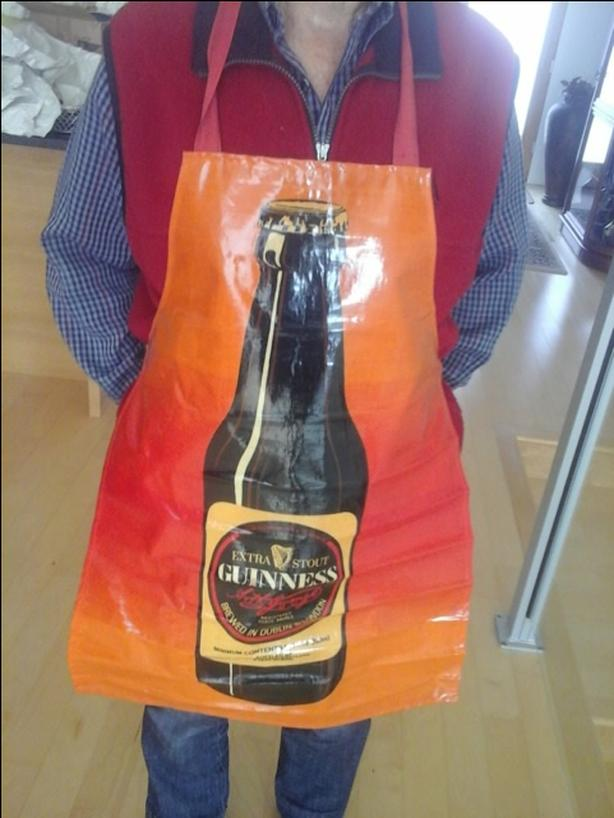 VERY RARE GUINNESS  APRON