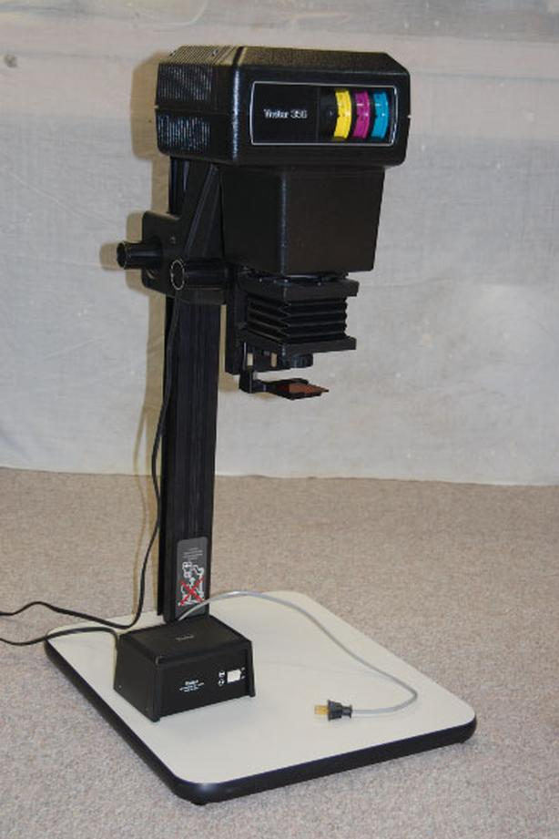 Colour darkroom enlarger and accessories