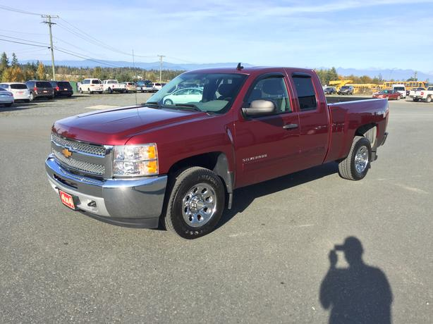 Financing Available One Owner 2013 Chevrolet Silverado 1500 LS 4WD 58,963Kms