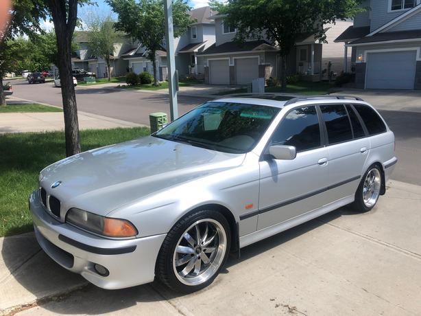 bmw m5 wagon rare vehicle must see!!!