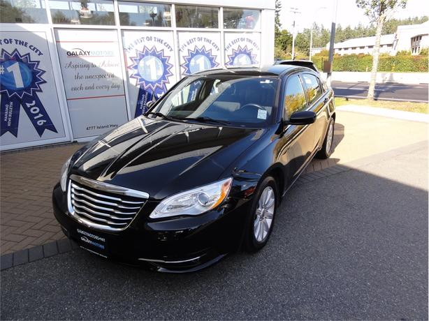 2012 Chrysler 200 TOURING Remote Start, Heated Seats, Alloy Wheels