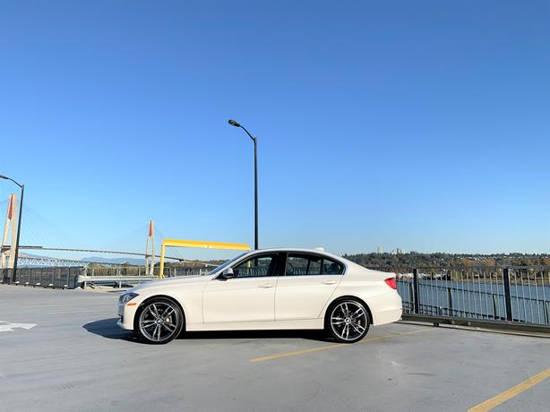 """2014 BMW 328i -X-DRIVE - NEW 20"""" M-SPORT WHEELS AND TIRES - ONLY 52K"""