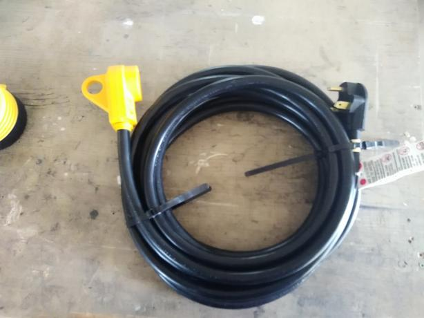 RV 25' 30 Amp extension cord