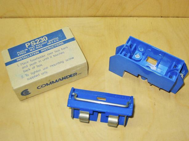"SYLVANIA (PS-230) 30 Amp ""BLUE"" Fuse Holder & Fuse Block (Set) ~ Rare!"